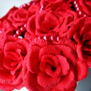 Sarkanas rozes